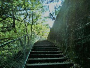寸又峡の階段