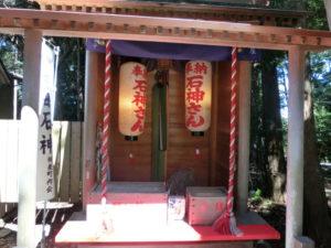 神明神社の石神さん