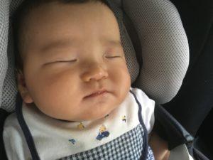 チャイルドシートと赤ちゃん