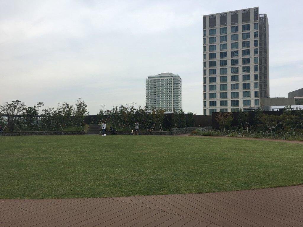 二子玉川ライズ原っぱ広場