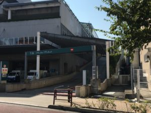 成城コルティの駐車場