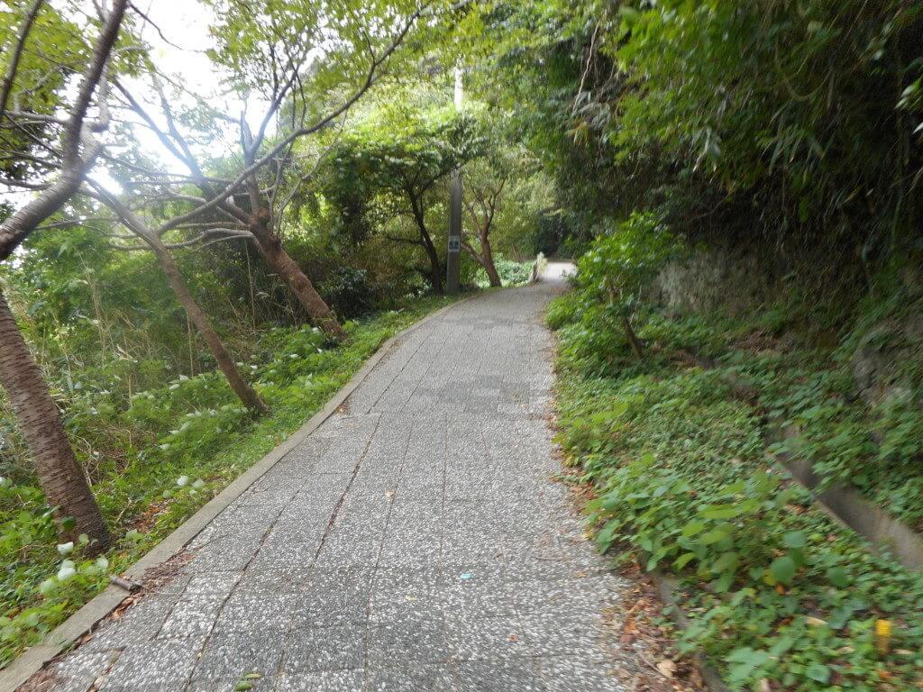 石廊崎灯台の坂道