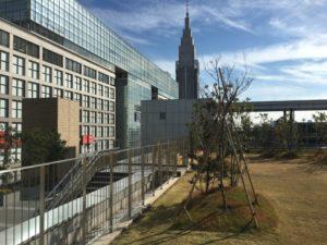 新宿NEWoManの屋上庭園